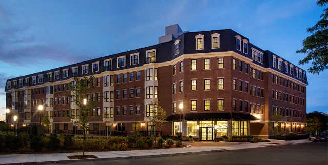 Gatehouse 75 Apartments Boston