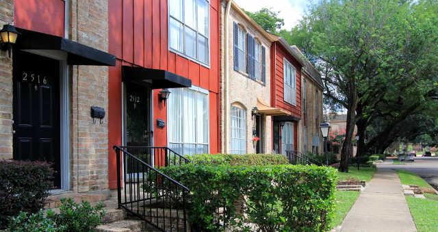 Briarwood Apartments Houston