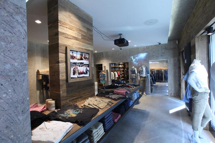 True Religion Jeans Store