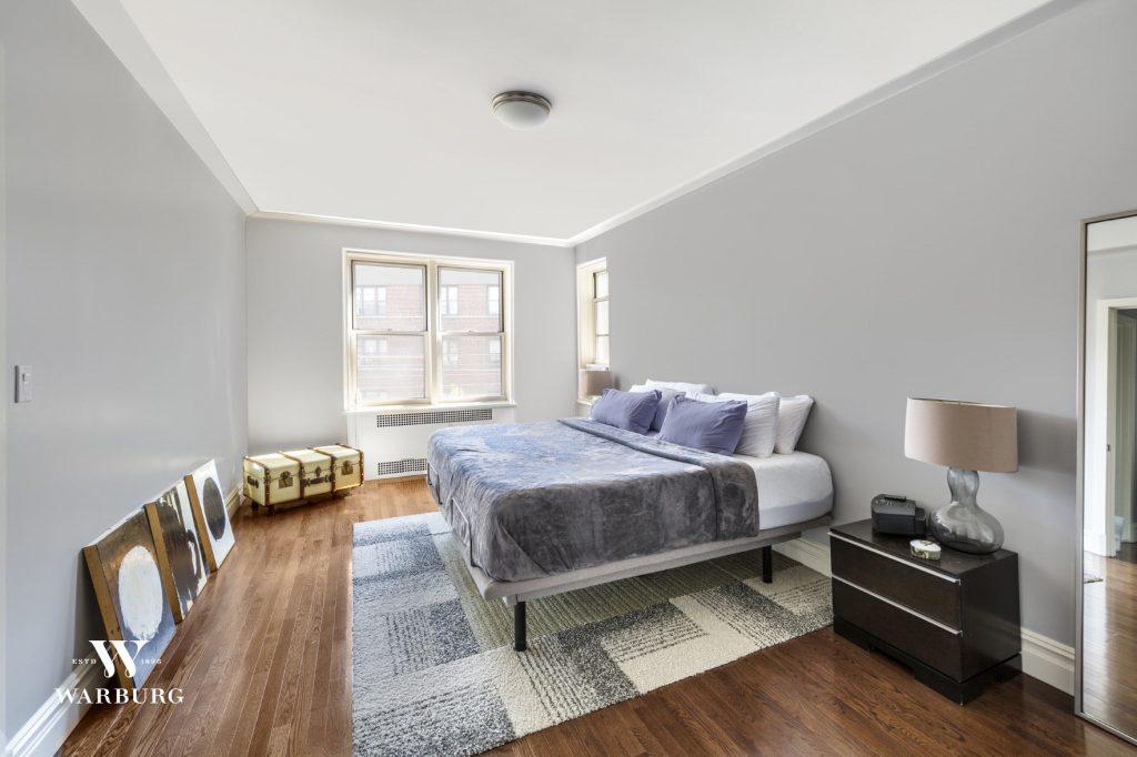 Bedroom/ 73-12 35 Avenue, Apt C64, Jackson Heights, NY/ Warburg Realty