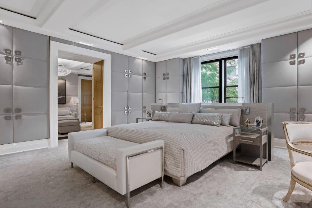 Main Bedroom/ 625 Park Avenue, Apt 1A-D, New York, NY/ Photo credit: Heidi Solander
