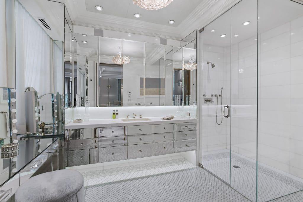 Bathroom/ 625 Park Avenue, Apt 1A-D, New York, NY/ Photo credit: Heidi Solander
