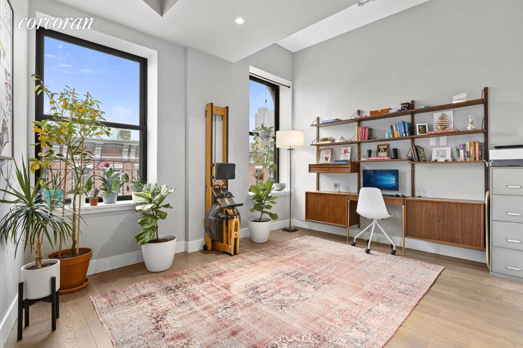 Office Room/133 Mulberry Street